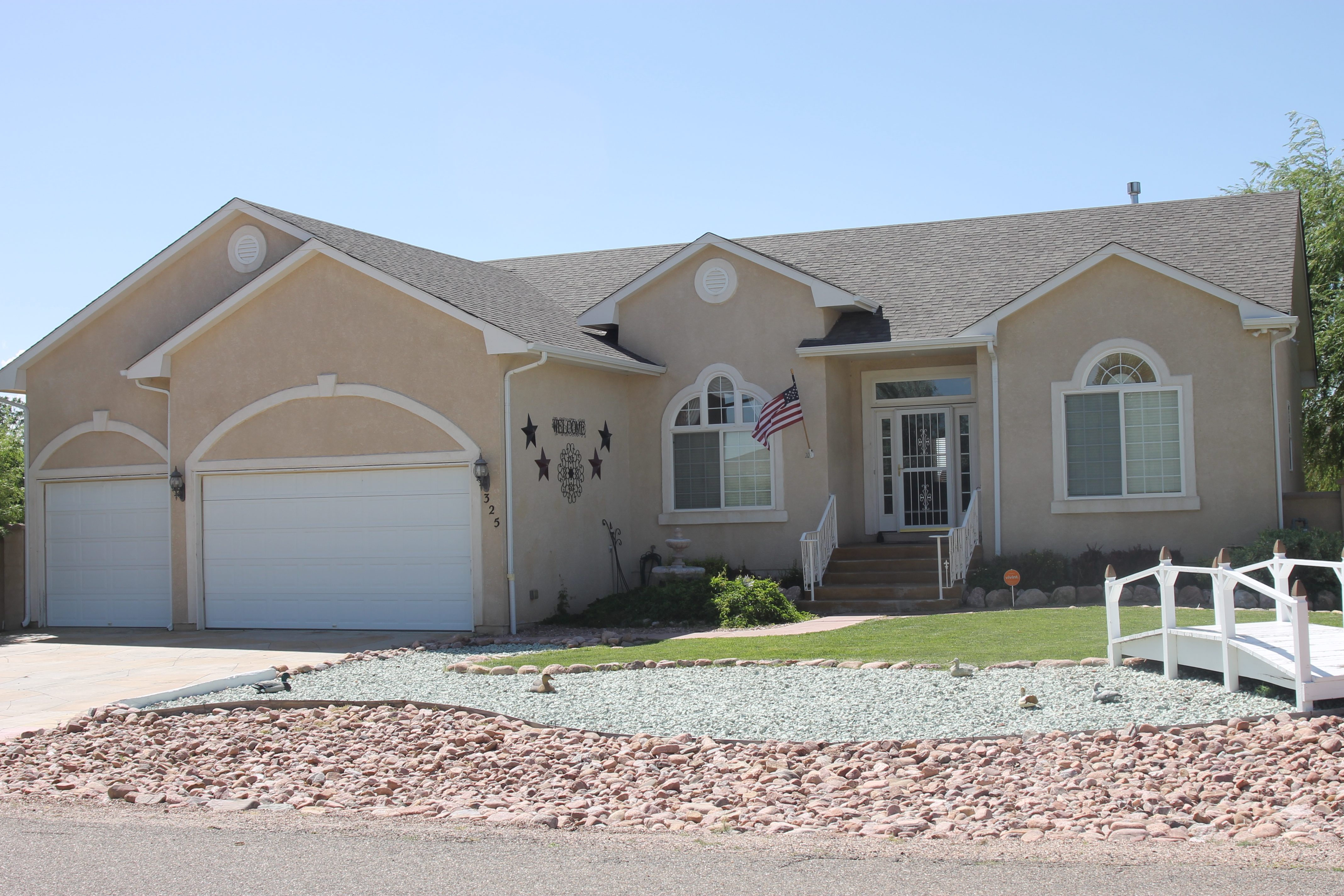 325 Casper Dr, Pueblo West CO  81007